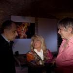 2013.05.11. Bódy Magdi és Verasztó Lajos egyik vendéggel beszélgetnek (Photo: Barna Ilona)