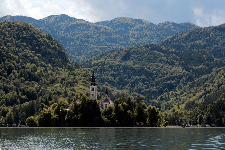2013.06.01.-Bledi-tó-sziget-templommal (Photo: Eifert János)