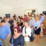 A  kiállításmegnyitó közönsége (fotó: delmagyar.hu)