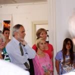 A tárlatvezetést dr. Nagy Imre, a Tornyai János Múzeum igazgatója, művészettörténész is nagy figyelemmel kísérte (fotó: delmagyar.hu)