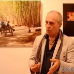 """Eifert a """"Kína, Selyemút"""" képeiről beszél (fotó: delmagyar.hu)"""