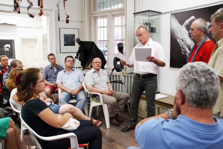 Öveges László, Kecskemét város főépítésze megnyitja Eifert kiállítását (Photo: Kiss András) Kecskemét, 2013.07.04.