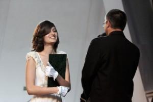 Walters Lili átveszi a diplomáját (Photo: Eifert János)