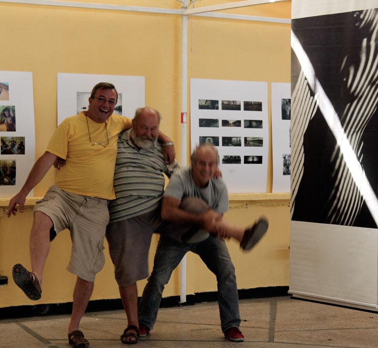 Kiállításrendezéskor (Primorsko, Bulgaria, 2013.09.07.) Photo: Nevi