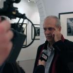 TV-interjú az Artphoto Galériában (Borbély László felvétele)