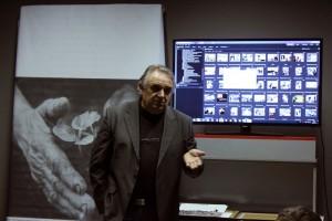 Peti Péter tájékoztat a további programokról (Eifert János felvétele)