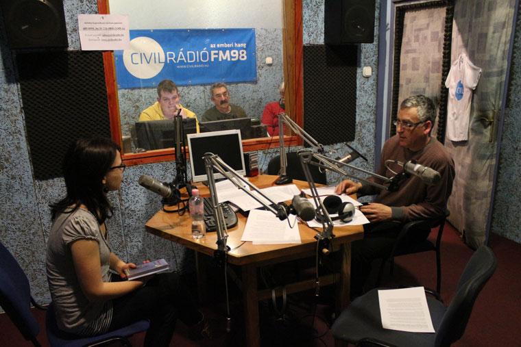 2014.03.19.-Civil-rádió-1