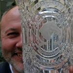 Durby az Év Fotográfusa díjjal (Eifert János felvétele)