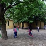 A Hódmezővásárhelyi Ének-zenei Iskola udvara, 2014.04.29. (Eifert János felvétele)