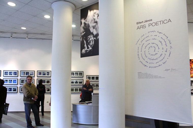 Eifert János ARS POETICA c. kiállítása a Szófiai Magyar Kulturális Intézetben, 2014.06.03.