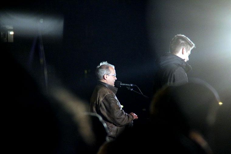 Közfelháborodás napja, Horváth Attila felszólal a kormányellenes tüntetés en, a Kossuth-téren, 2014.11.17. (Photo: Eifert János)