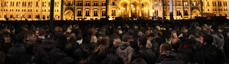 Közfelháborodás napja, tüntetés a Kossuth-téren, Budapest, 2014.11.17. (Photo: Eifert János)