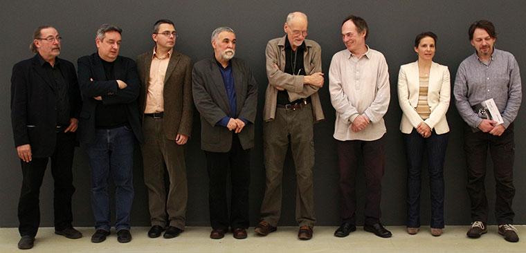 2014.12.12.-Csoportkép-a-művészekkel-szervezőkkel-kivitelezőkkel másolata (Eifert János felvétele)