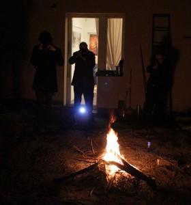 2015.03.17.-Tűz-fényképezés a kertben (Eifert János felvétele)