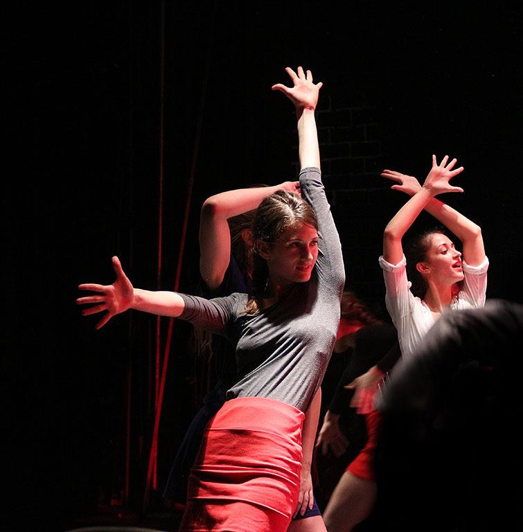 2015.05.05. A Bál, Walters Lili táncol (Eifert János felvétele)