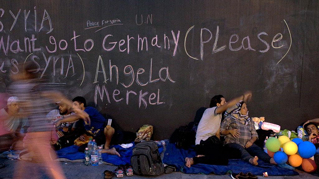 2015.09.02.-Menekültek-a-Keletinél-01 (Photo: Eifert János)