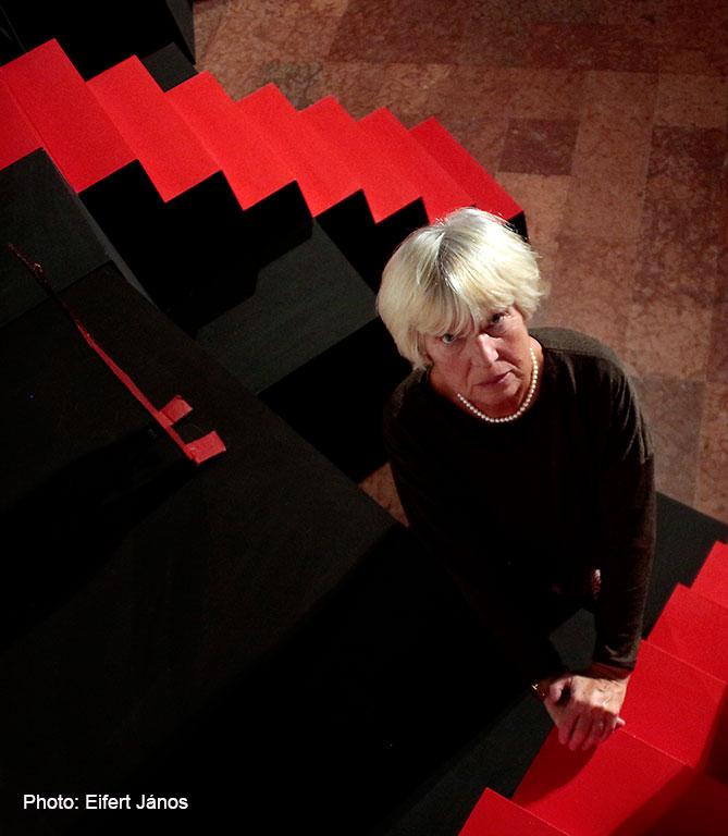 2015.11.04. Jerger Krisztina művészettörténész, a kiállítás kurátora (Eifert János felvétele)