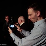 2015.11.18.-_Tímár-Péter-Juhos-Nándorral-beszélget-közben-videozzák (Photo: Eifert János)