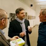 Gáti György, Hupján Attila és Herbst-Rudolf a MAOE Fotóművészeti Tagozatának évadzáró találkozóján, MÚOSZ székház, 2015.12.14. (Eifert János felvétele)