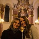 2015.12.20.-Schattendorf-Anya-és-lánya-a-templomban (Eifert János felvétele)