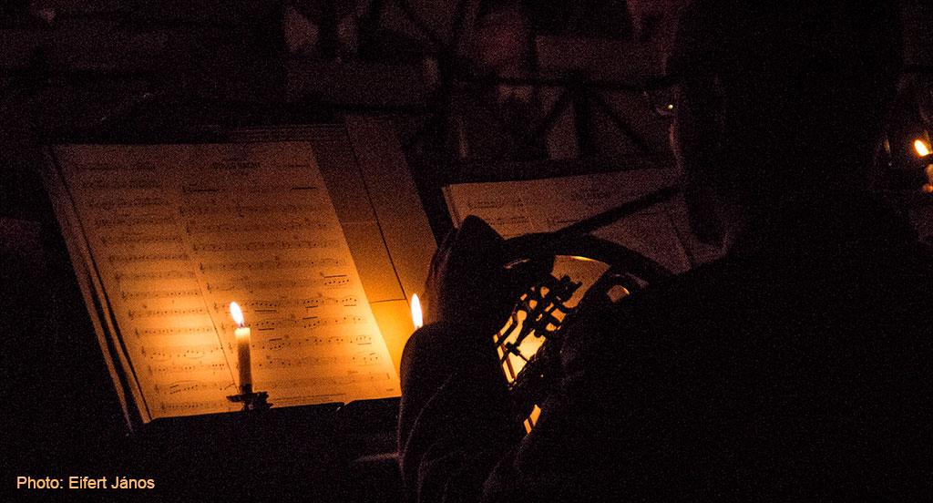 2015.12.20.-Schattendorf-Koncert-gyertyafénynél (Eifert János felvétele)