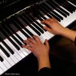 2016.02.06.-Bánk-Csík-Laura-zongorázik (Eifert János felvétele)