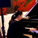 2016.02.06.-Bánk-Csík-LauraChopint-játszik (Eifert János felvétele)