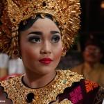 2016.07.15.-Balinéz-esküvő-Menyasszony-szertartás-előtt (Photo: Eifert János)
