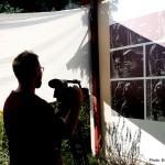 """2016.08.17.-Harangozó Vince, az ECHO-TV operatőre """"munkában"""" (Eifert János felvétele)"""