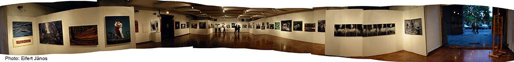 2002-Fotóhónap_Itt-vagyunk-Vigadó-Galéria (Eifert János felvétele)