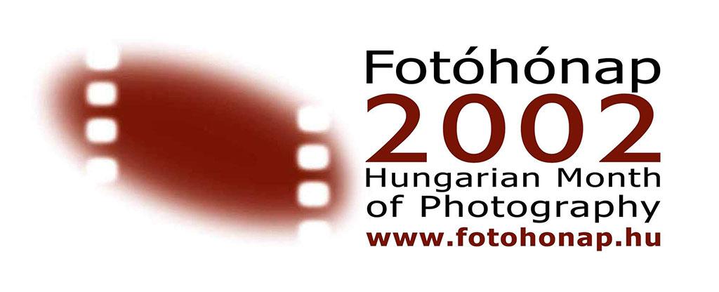 2002.04.-Fotohonap-2002-Logo