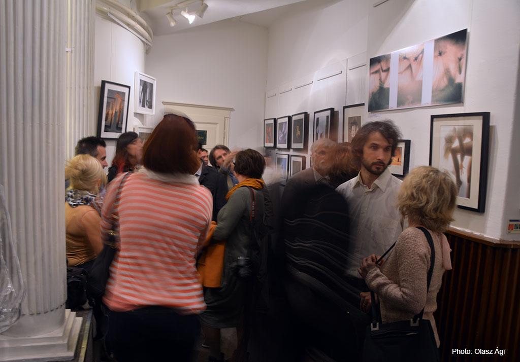 2016.10.28.-Bethlen-Galéria-Kiállításmegnyitó_Olasz-Ági-felvétele