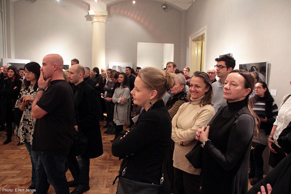 2016.12.05.-Olasz-Kultúrintézet-Darab-Dénes-kiállításmegnyitó-02 (Eifert János felvétele)