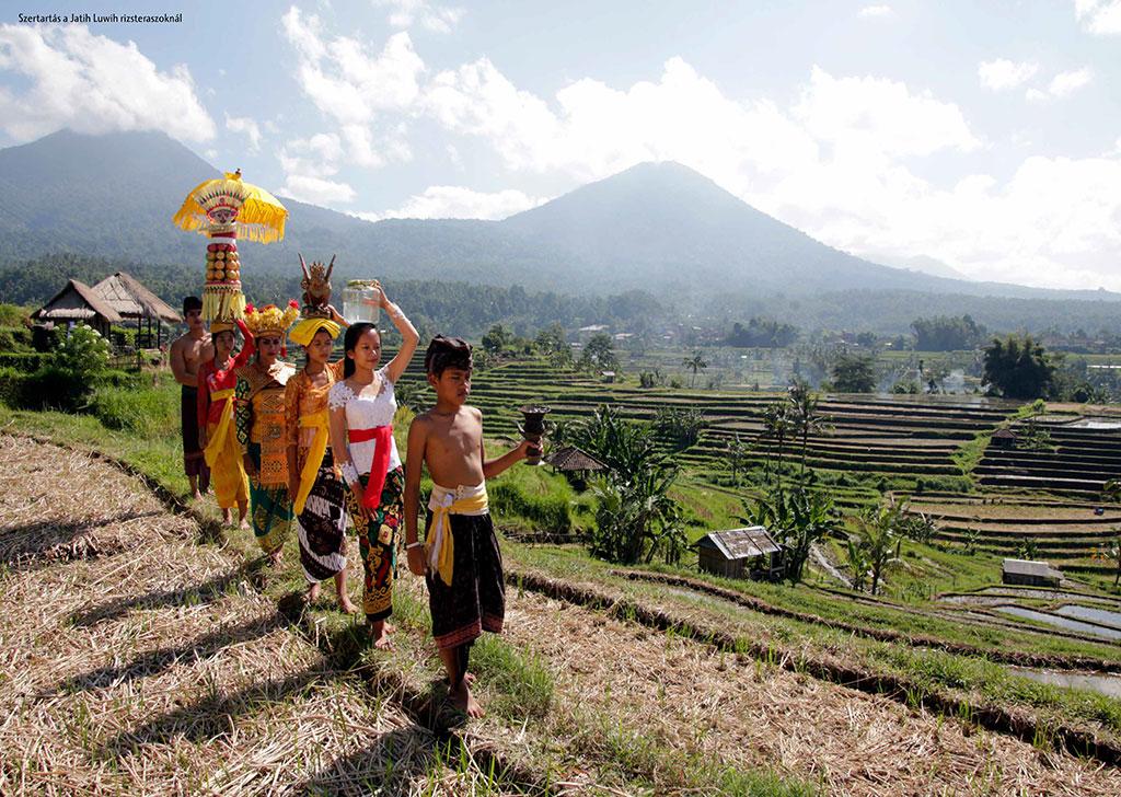 NPM_magazin_2016-4_Bali,-az-istenek-szigete-95-96