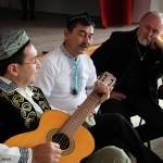 2016.10.15.-Szalmatercs-Közösségi-Ház-ujgur-éneklés (Eifert János felvétele)