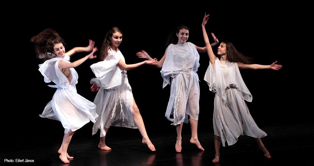 2017.02.24.-Vigadó-Isadora-Duncan-Reloaded - Rovó Virág előadásában (Eifert János felvétele)