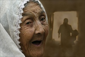 Janos Eifert: Old Women (Kashgar, Xinjiang, China 2006)