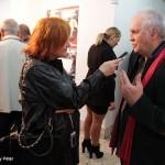 2017.04.25.-Komárno-Eifert-kiállítás-megnyitóján-rádióinterjú_Prezmeczky-Péter-felvétele