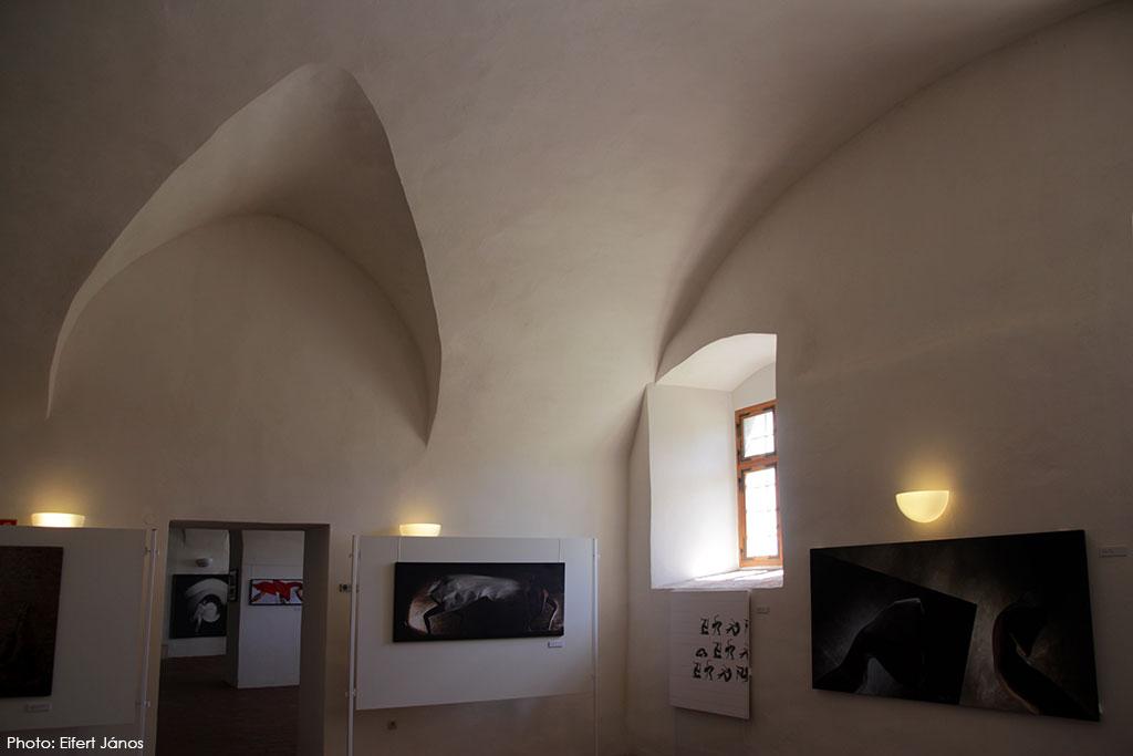 2017.05.13.-Grad-Negova-Ars-Poetica-Kiállításrészlet-07 (Eifert János felvétele)