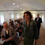 2017.05.13.-Grad-Negova-Kiállításmegnyitón-az-igazgatónő (Eifert János felvétele)