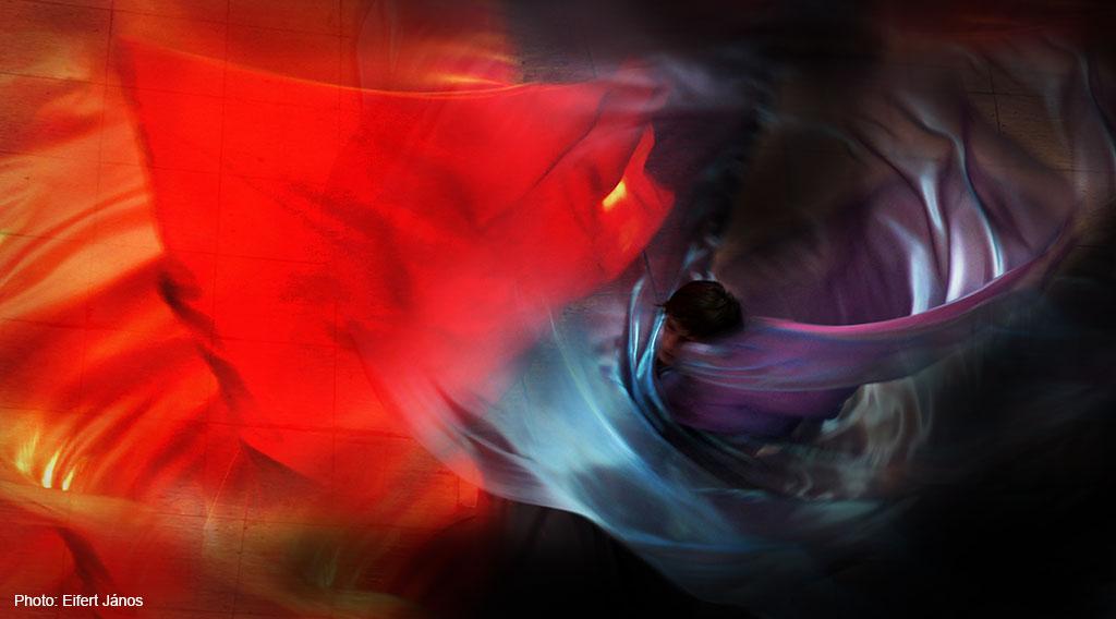 2017.06.10.-Iparművészeti-Múzeum-Szerpentintánc_Hommage-a-Loie-Fuller (Photo: Eifert János)