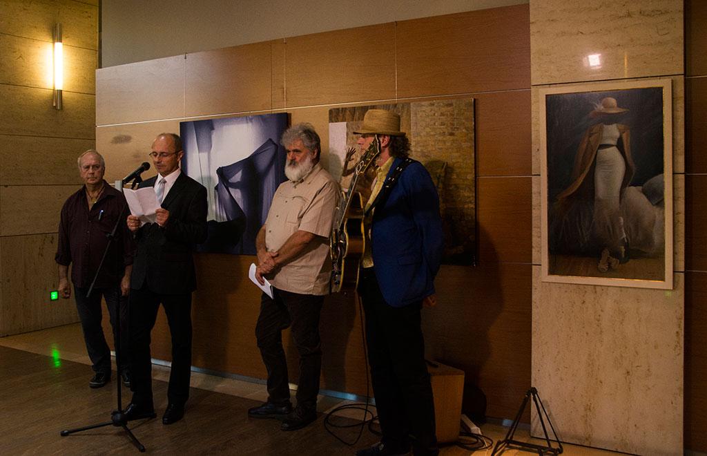 2017.09.04.-OTPbank-Galéria-Eifert-és-Csató-kiállítását-Matiszlovics-Tibor-nyitja-meg-01_Olasz-Ági-felvétele