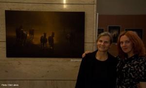 2017.10.06-OTPbank-Galéria--Olasz-Ági-fotó-kiállításán-Oxanával